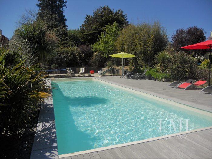 Maison de famille avec piscine chauff e hennebont 56700 for Piscine hennebont
