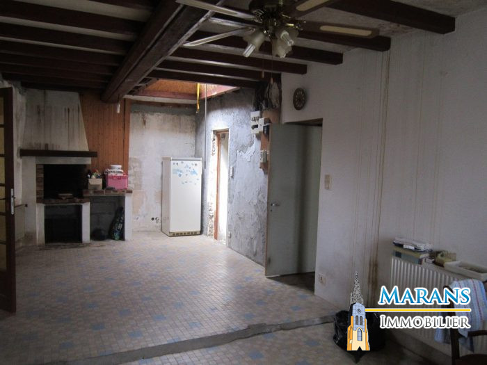 Maison en pierre r nover chaill les marais 85450 for Renover maison en pierre