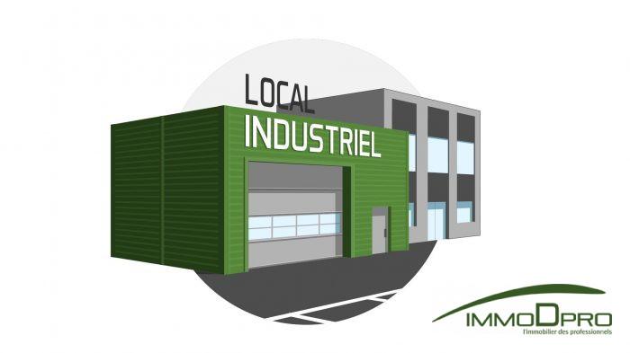 Local industriel à louer Grèges