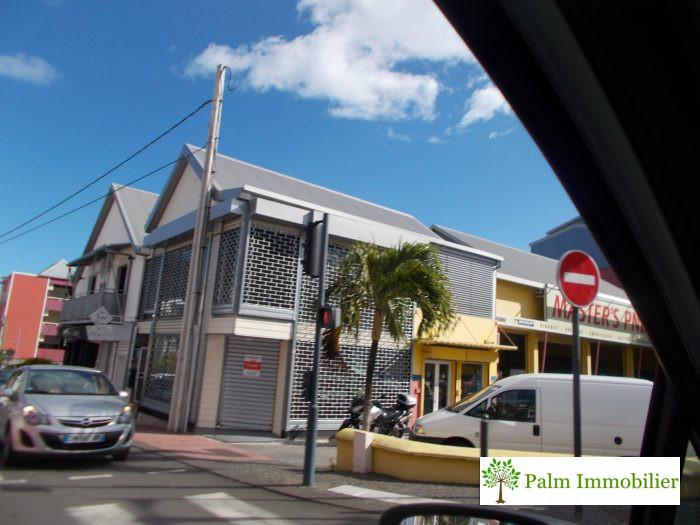 180 m² Saint-Pierre Proche du centre ville 0 pièces Immobilier Pro