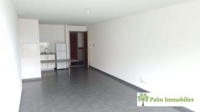 Saint-Denis  57 m² 2 pièces Appartement