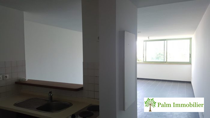 2 pièces TAMPON  54 m² Appartement