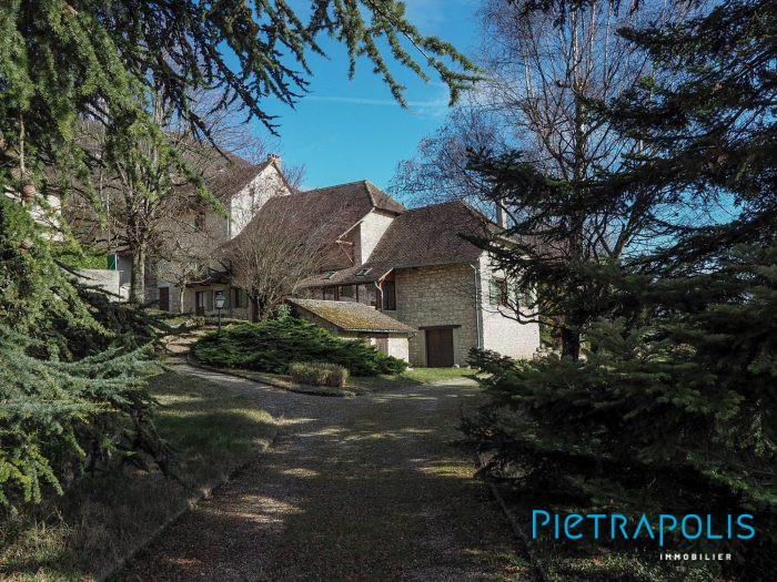 Maison ancienne Les Avenières 306 m²