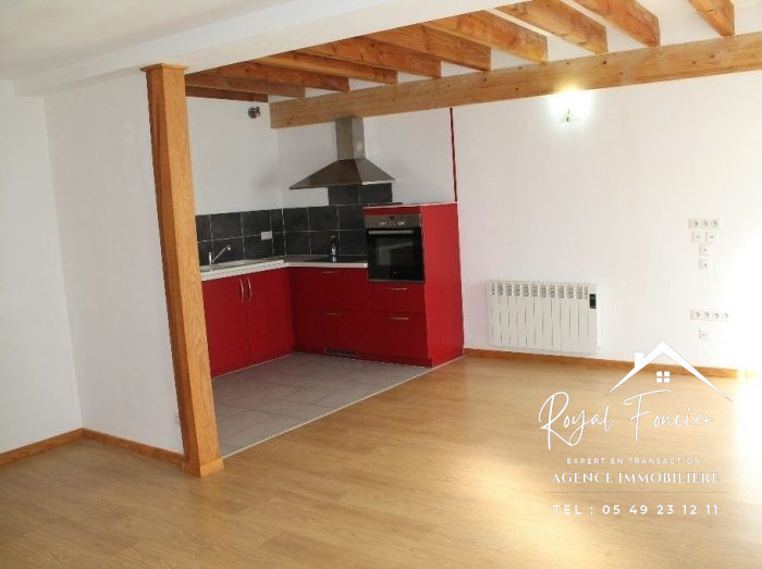 VenteMaison/VillaLA ROCHE-POSAY86270VienneFRANCE