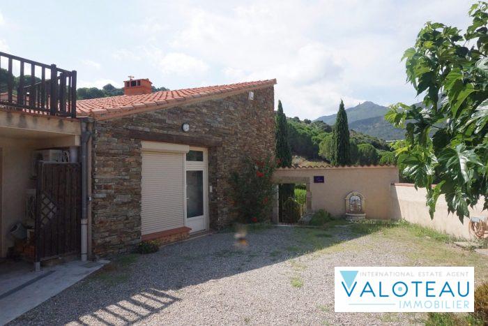 photo de Collioure Villa d architecte  185 m2  4  faces  6 pièces