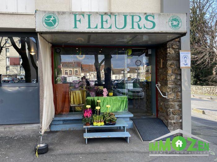Photo Très Belle Boutique Faible Loyer image 1/12
