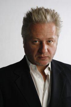 Négociateur Julian PAIGE